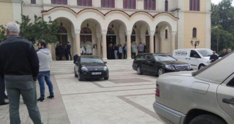 Αγρίνιο: Το τελευταίο «αντίο» στον 49χρονο Δημήτρη Τσίτσικα (Φωτό)