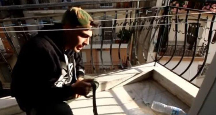 Νέα διάσωση φιδιού στο κέντρο του Αγρινίου (Βίντεο)