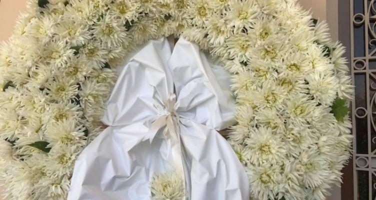 Ο παπάς παράτησε την κηδεία στη μέση και έφυγε – Τι είπε στους συγγενείς