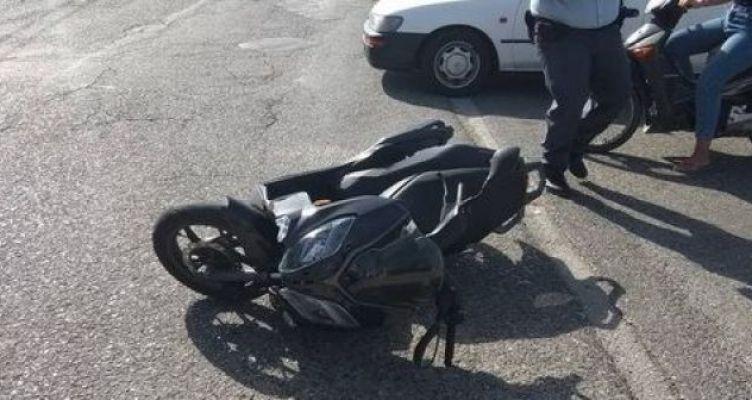 Αγρίνιο: Στη Μ.Ε.Θ. νοσηλεύεται 56χρονος μοτοσυκλετιστής μετά από σοβαρό τροχαίο (Φωτό)