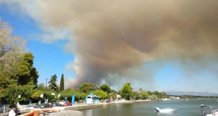 Μεγάλη πυρκαγιά στην Eύβοια – Δόθηκε εντολή εκκένωσης δύο οικισμών (Βίντεο)