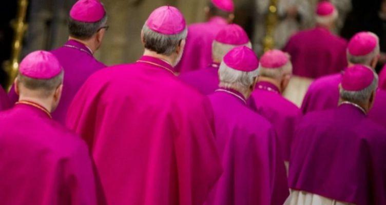 Πώς πληρώνονται οι ιερείς στις Ευρωπαϊκές χώρες (Βίντεο)
