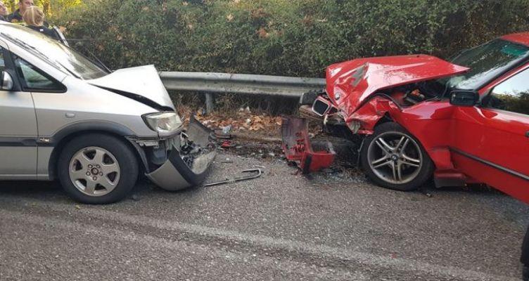 Aγρίνιο: Τροχαίο στη γέφυρα της Αβώρανης με τρεις γυναίκες τραυματισμένες (Φωτο)
