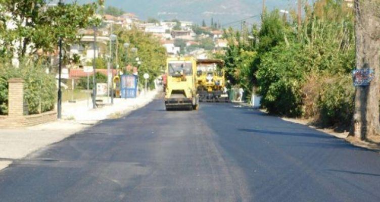 Σε εξέλιξη το έργο ασφαλτοστρώσεων στην Τοπική Κοινότητα Ευηνοχωρίου (Φωτό)