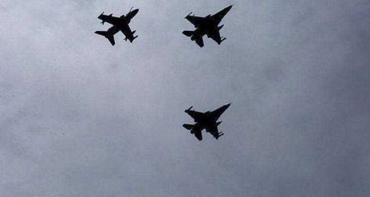 Μία εικονική αερομαχία ελληνικών και τουρκικών μαχητικών πάνω από το Αιγαίο