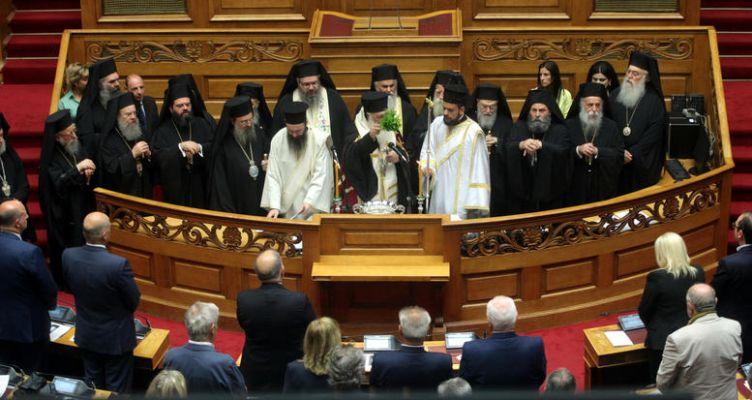 Εκκλησία και Σύνταγμα προκαλούν νέα σύννεφα στις σχέσεις ΣΥ.ΡΙΖ.Α. – ΑΝ.ΕΛ.