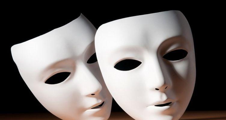 Ένωση Αγρινίου: «Όταν πέφτουν οι μάσκες»