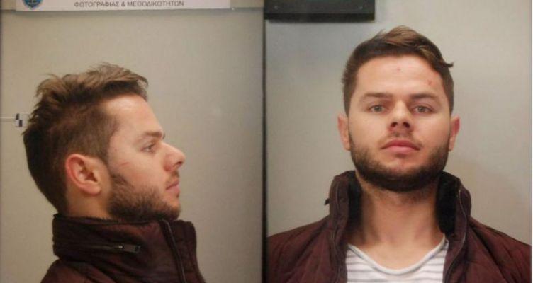 Αυτός είναι ο 31χρονος που αναζητείται για τη μεγάλη σπείρα διακίνησης ναρκωτικών (Φωτό)