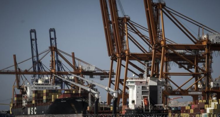 Handelsblatt: Πειραιάς, η πύλη της Κίνας προς την Ευρώπη