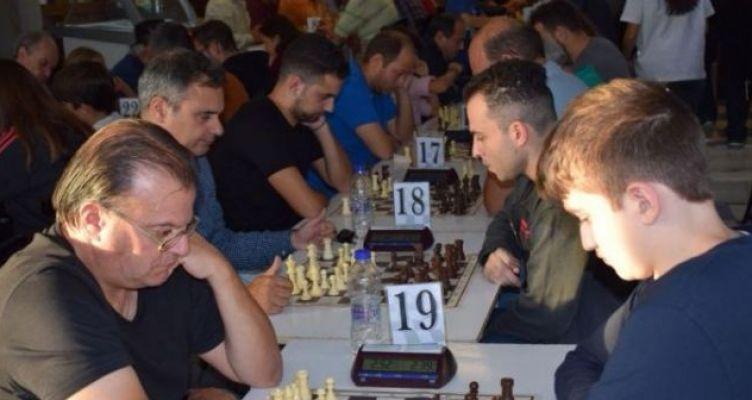 Tουρνουά σκακιού Blitz στη Ναύπακτο (Βίντεο-Φωτό)