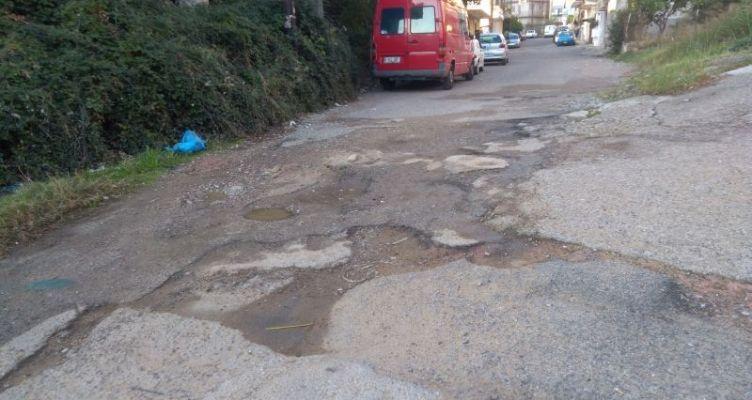 Κάτοικοι του Αγρινίου για την κατάσταση του δρόμου Βλαχερνών και Ελπίδας πάροδος Σισμάνη
