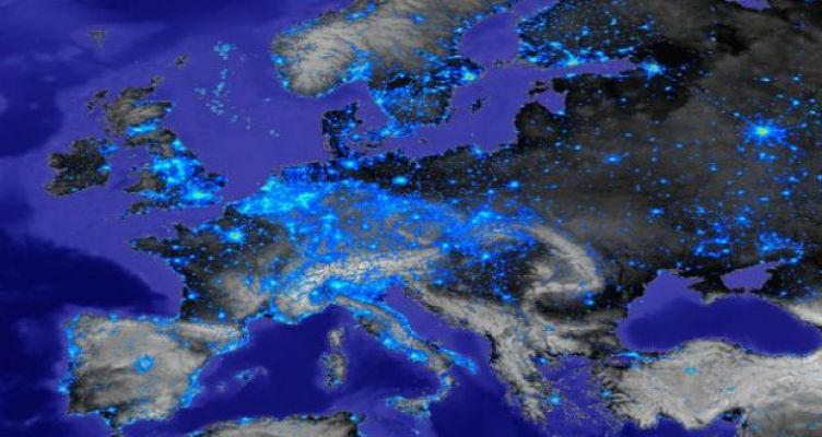 Περισσότερα από 355δισ.ευρώ επενδύθηκαν μέσω του Πακέτου Γιουνκέρ, πρωταθλήτρια η Ελλάδα