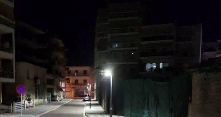 Αγρίνιο: Σε λειτουργία τα φωτιστικά τύπου Led στον πεζόδρομο Παναγόπουλου (Φωτό)