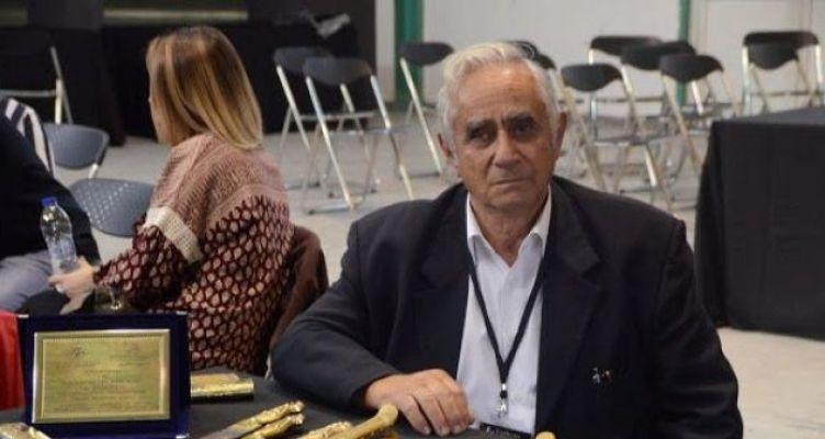 Ο Ξηρομερίτης Παναγιώτης Ρηγάλος στην 1η Έκθεση Συλλόγου Μαχαιροποιών (Φωτό-Βίντεο)