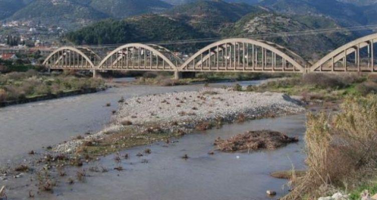 Γέφυρες «καρμανιόλες» σε Αιτ/νία-Αχαΐα-Ηλεία – Αφημένες στην τύχη τους