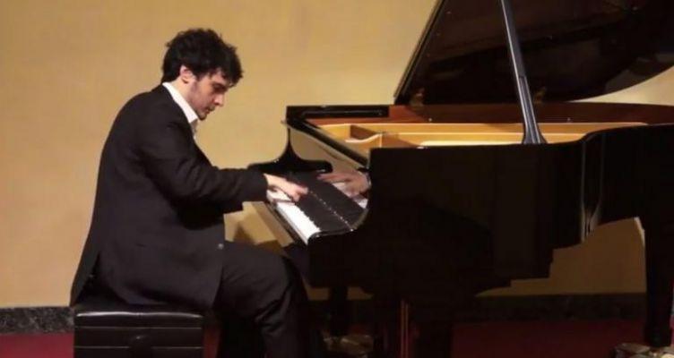 Γρηγόρης Ιωάννου: Διεθνής διάκριση για Έλληνα πιανίστα (Βίντεο)