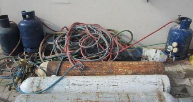 Στο σκοτάδι σήραγγα της Ιόνιας Οδού στη Σταμνά – Αφαίρεσαν καλώδια ηλεκτροφωτισμού