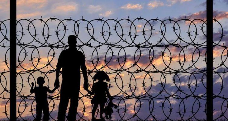 Κίνημα Αλλαγής προς Βίτσα: Μη ξεχνά πως είναι Υπουργός Μεταναστευτικής Πολιτικής