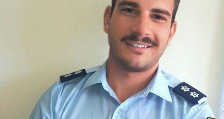Μιχάλης Λώλης-Αστυνομικός: Θα φιλιέμαι με όποιον θέλω και όπου θέλω (Φωτό)