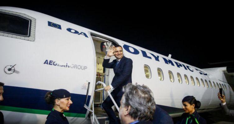 Με την πρώτη απευθείας πτήση Αθήνα-Σκόπια αναχώρησε ο αντιπρόεδρος της κυβέρνησης της ΠΓΔΜ (Φωτό)