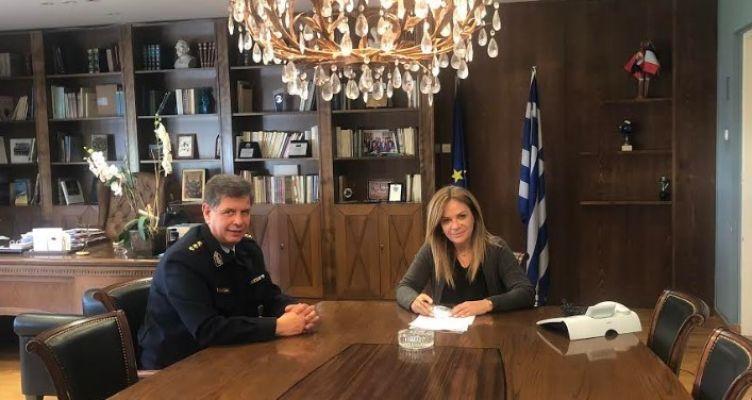 Συνάντηση της Χρ. Σταρακά με το νέο Αστυνομικό Διευθυντή Αιτωλίας  κ. Ιωάννη Νταλαχάνη