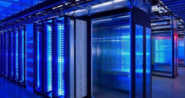Οι υπολογιστές σηματοδοτούν την 4η βιομηχανική επανάσταση