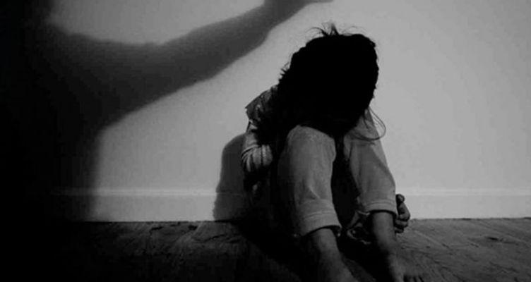 Αγρίνιο: 11χρονη κατήγγειλε τη μητέρα της για ενδοοικογενειακή βία