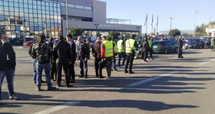 Αγρίνιο: Μεγάλη συμμετοχή στη μηχανοκίνητη κινητοποίηση της ΛΕ.ΜΟΤ.Α. για τον δρόμο καρμανιόλα! (Φωτό)