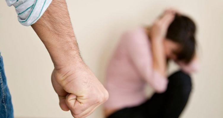Βόνιτσα: 48χρονος χτύπησε και απείλησε την εν διαστάσει σύζυγό του και συνελήφθη