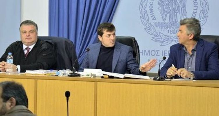 Δημοτικό συμβούλιο Μεσολογγίου: O Νίκος Καραπάνος για τις αγωγές (Βίντεο)