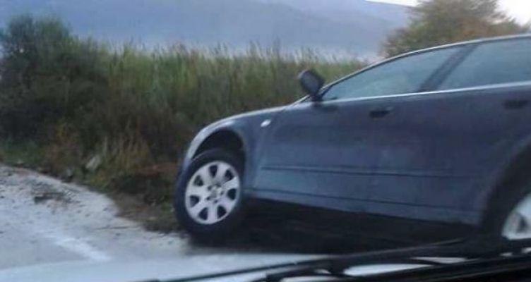 Καινούριο: Τροχαίο στα Αμπάρια – Εκτροπή αυτοκινήτου σε δρόμο για… πατινάζ (Φωτό)