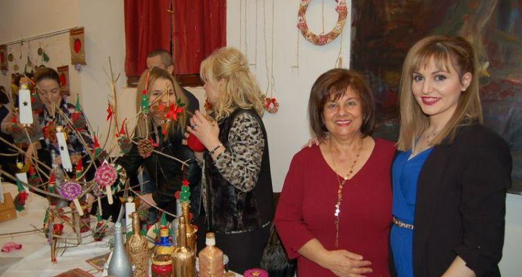 Μεσολόγγι: Με αγάπη και διάθεση για προσφορά το Χριστουγεννιάτικο bazaar