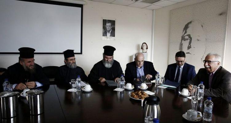 Διαβεβαιώσεις Γαβρόγλου στους κληρικούς – Νέα συνάντηση στις 21 Δεκεμβρίου