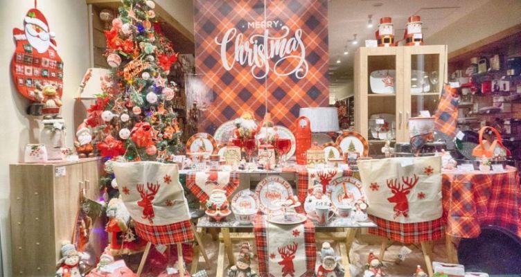 Αγρίνιο: Τα καταστήματα φορούν τα γιορτινά τους! Διαγωνισμός βιτρίνας από το Δήμο