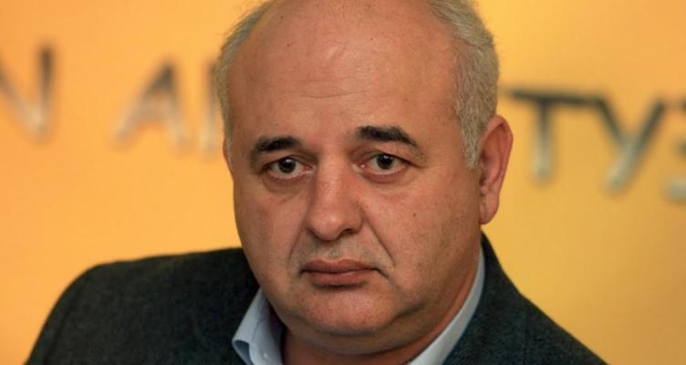 Ο Νίκος Καραθανασόπουλος υποψήφιος Π.Δ.Ε. με το Κ.Κ.Ε.