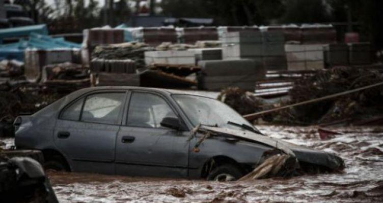 Το ποτάμι ξέβρασε σκελετό ένα χρόνο μετά τις πλημμύρες στη Μάνδρα (Βίντεο)