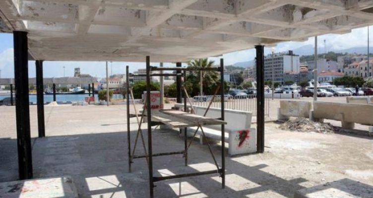 Συνεργεία του Δήμου Πατρέων τοποθέτησαν τσιμεντένια προστατευτικά