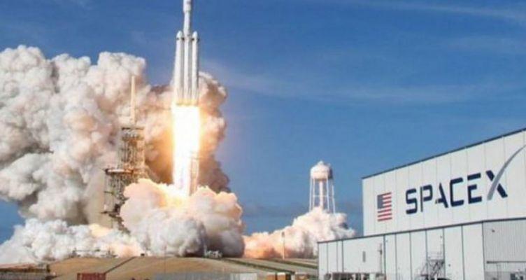 Η Space X εκτόξευσε τον πιο ισχυρό στρατιωτικό δορυφόρο GPS των Η.Π.Α.