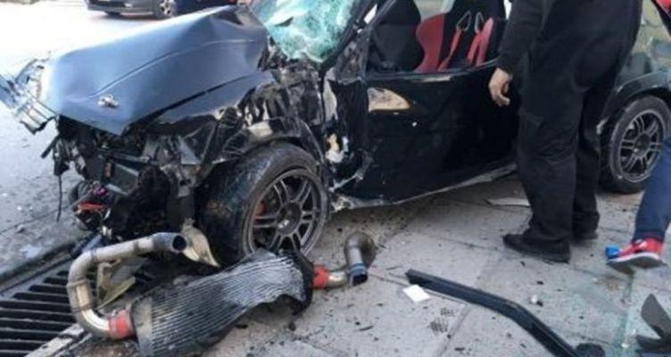Ναύπακτος: Τροχαίο ατύχημα στο Ξηροπήγαδο – Τρελή πορεία Ι.Χ. (Φωτό)
