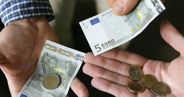 Από τους κατώτατους ο… κατώτατος μισθός στην Ελλάδα