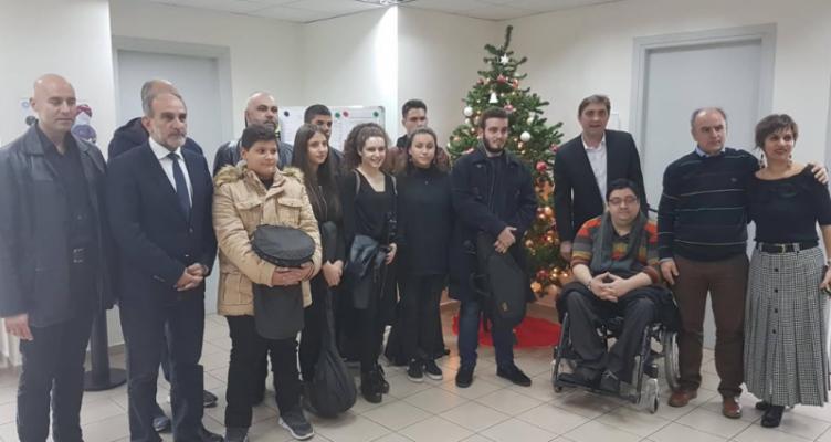 Χριστουγεννιάτικη ατμόσφαιρα στην Περιφέρεια Δυτικής Ελλάδας (Βίντεο)