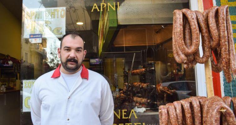 Στο Αγρίνιο μπορείς να φας κοκορέτσι στις 10 το πρωί (Φωτό)
