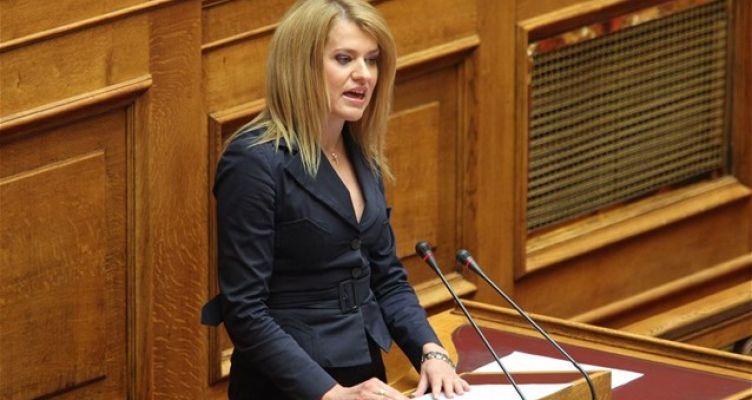 Η Βουλή καταδικάζει την επίθεση στο σπίτι της Θεοδώρας Τζάκρη