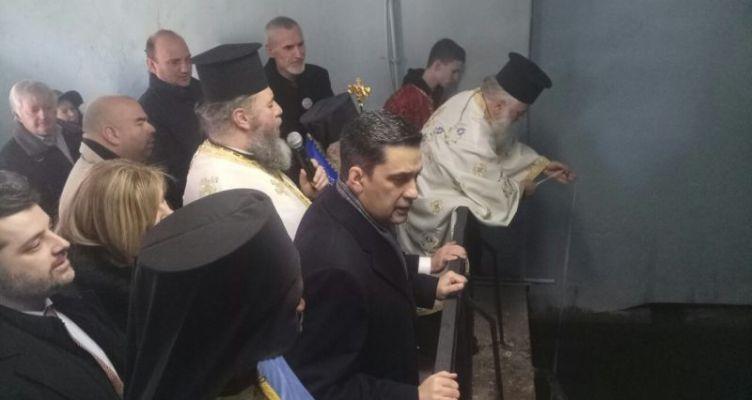 Γιώργος Παπαναστασίου: Η ανέσπερη λάμψη των Φώτων να αναγεννήσει τις ψυχές όλων
