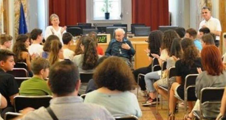 Ο Σύνδεσμος Φιλολόγων Αιτωλοακαρνανίας για το θάνατο του Φάνη Κακριδή