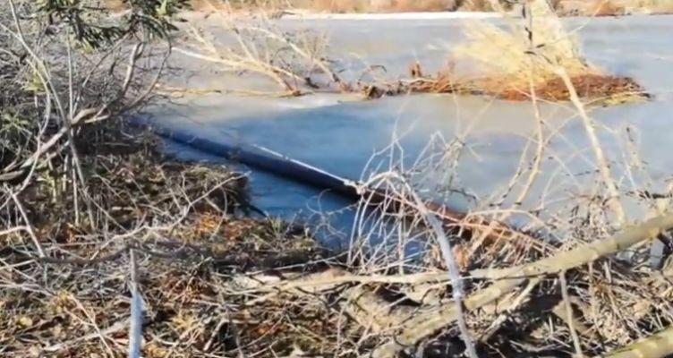 Τρίκορφο Ναυπακτίας: Τα νερά του Εύηνου γκρέμισαν κολώνες της Δ.Ε.Η. (Βίντεο-Φωτό)