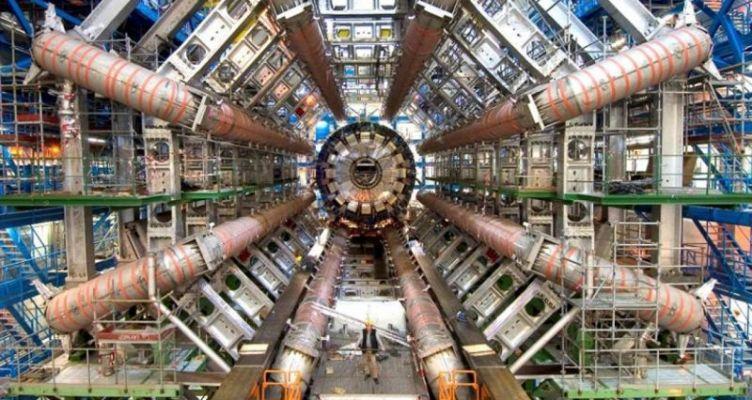 Ενισχύεται η συνεργασία της Ελλάδας με το CERN