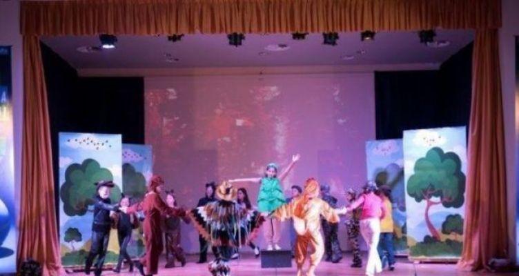 «Πράσινο + Μπλε»: Με επιτυχία υλοποιήθηκαν οι παραστάσεις από 6ο & 3ο Δ.Σ. Ναυπάκτου