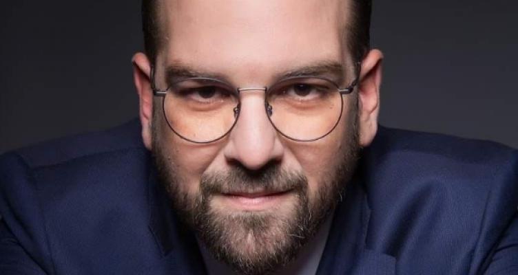 Νεκτάριος Φαρμάκης: Δεν είμαι επαγγελματίας πολιτικός (Βίντεο)