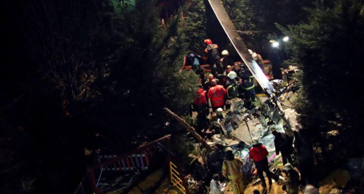 Κωνσταντινούπολη: Πτώση ελικοπτέρου σε κατοικημένη περιοχή (Φωτό)